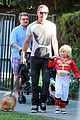 gwen stefani halloween party with the boys 10