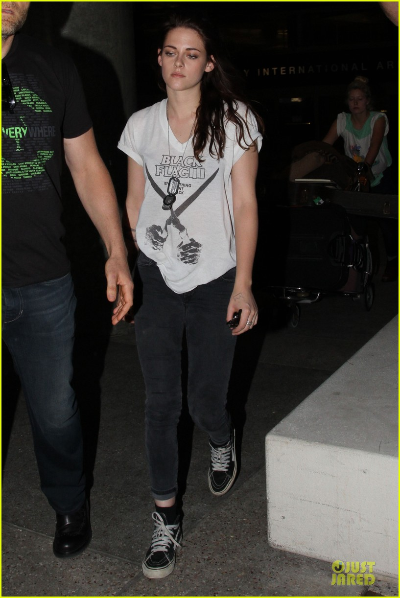 kristen stewart sports arm tattoos at lax airport 052967060