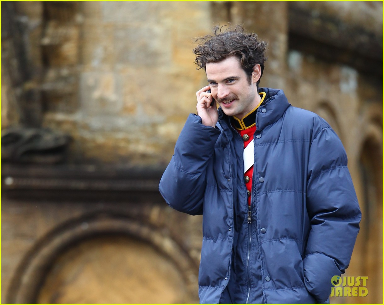tom sturridge juno temple far from the madding crowd filming 02