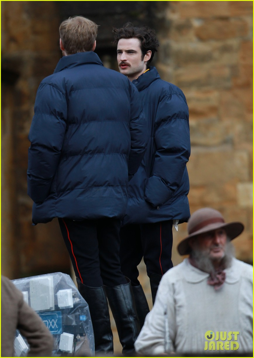 tom sturridge juno temple far from the madding crowd filming 112977654