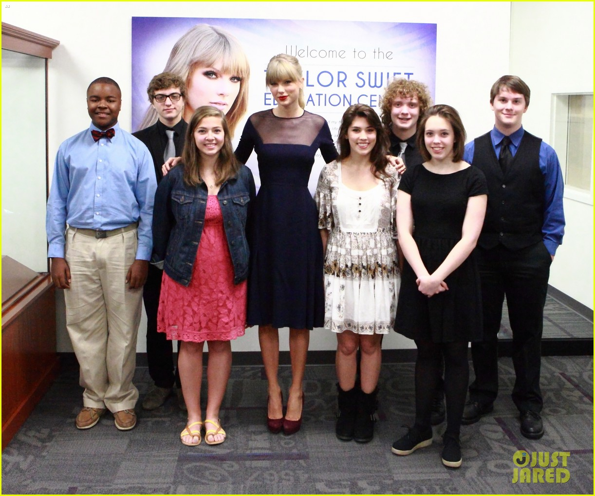 taylor swift opens education center in nashville 022970779
