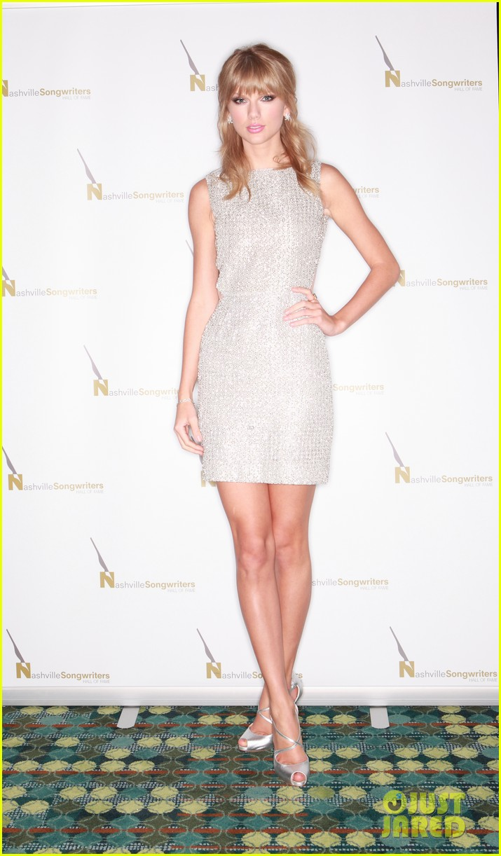 taylor swift songwriters award in nashville 042971566