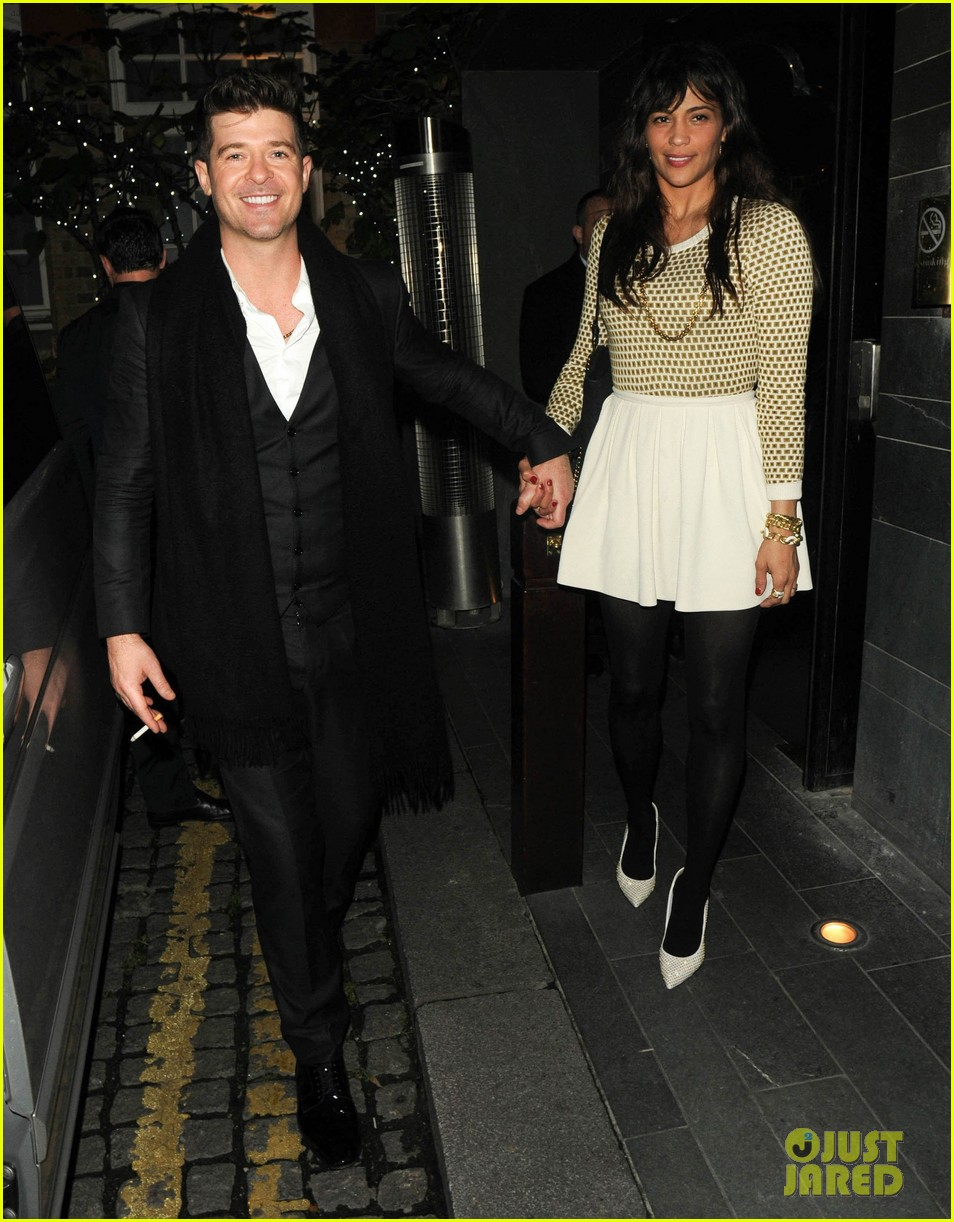 robin thicke london night out with paula patton 042976370