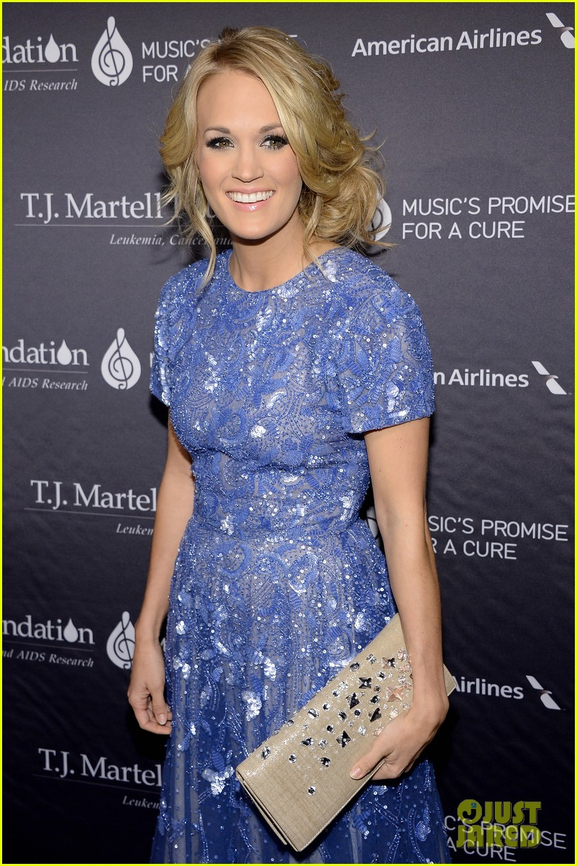 carrie underwood tj martells foundation gala 032977267