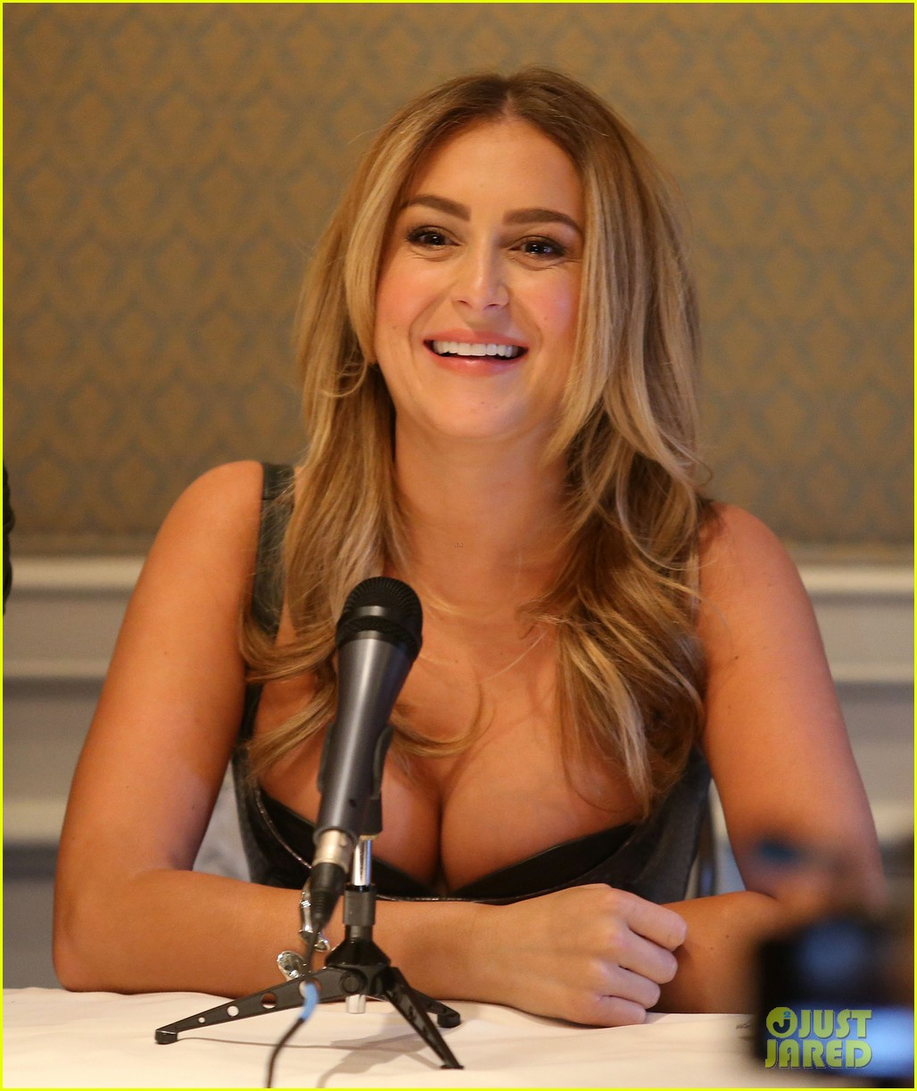 alexa vega machete kills press conference 03