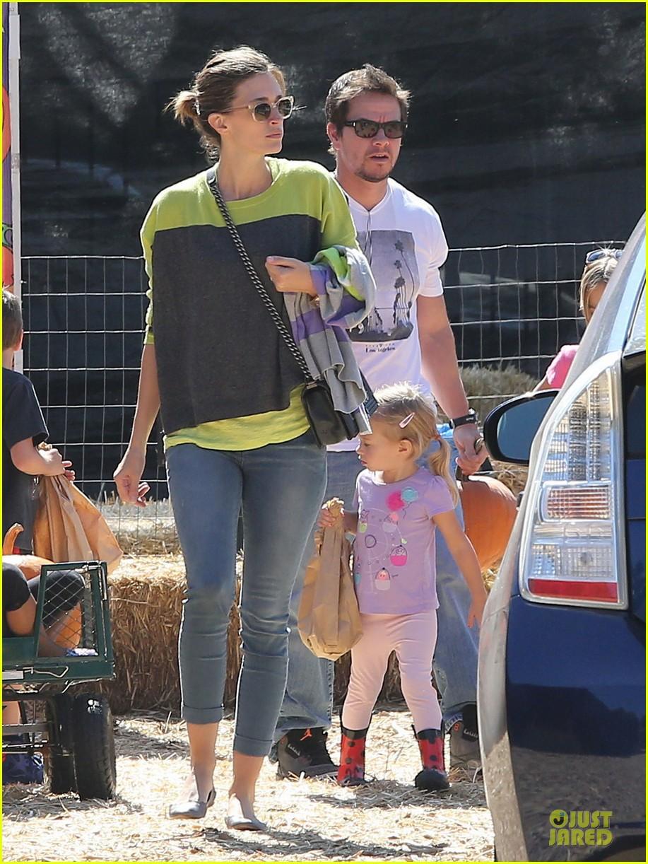 Paul Wahlberg Family Mark wahlberg family 2013