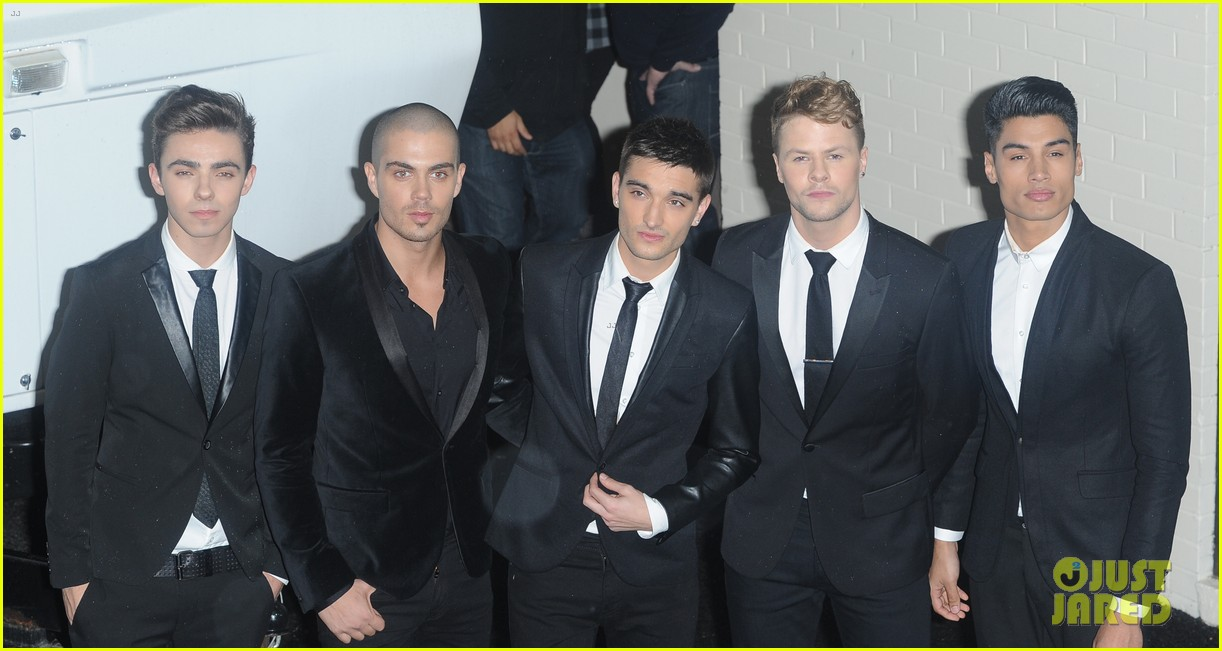 the wanted show me love live on the x factor uk 05