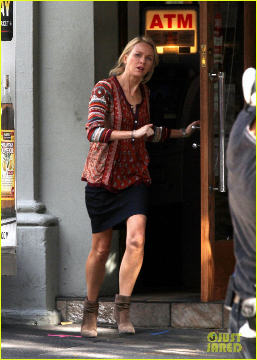 naomi watts films while liev schreiber does business 132963841