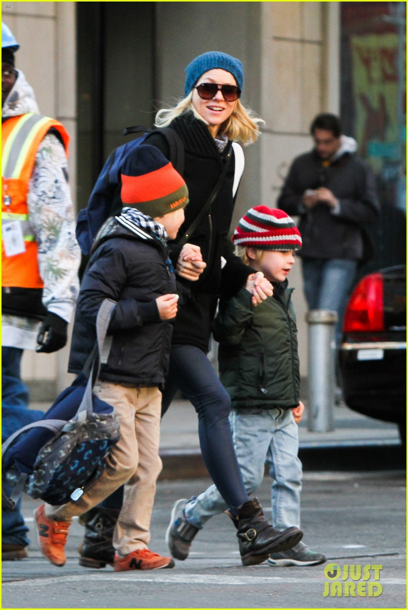 naomi watts liev schreiber early halloween with the boys 072981505