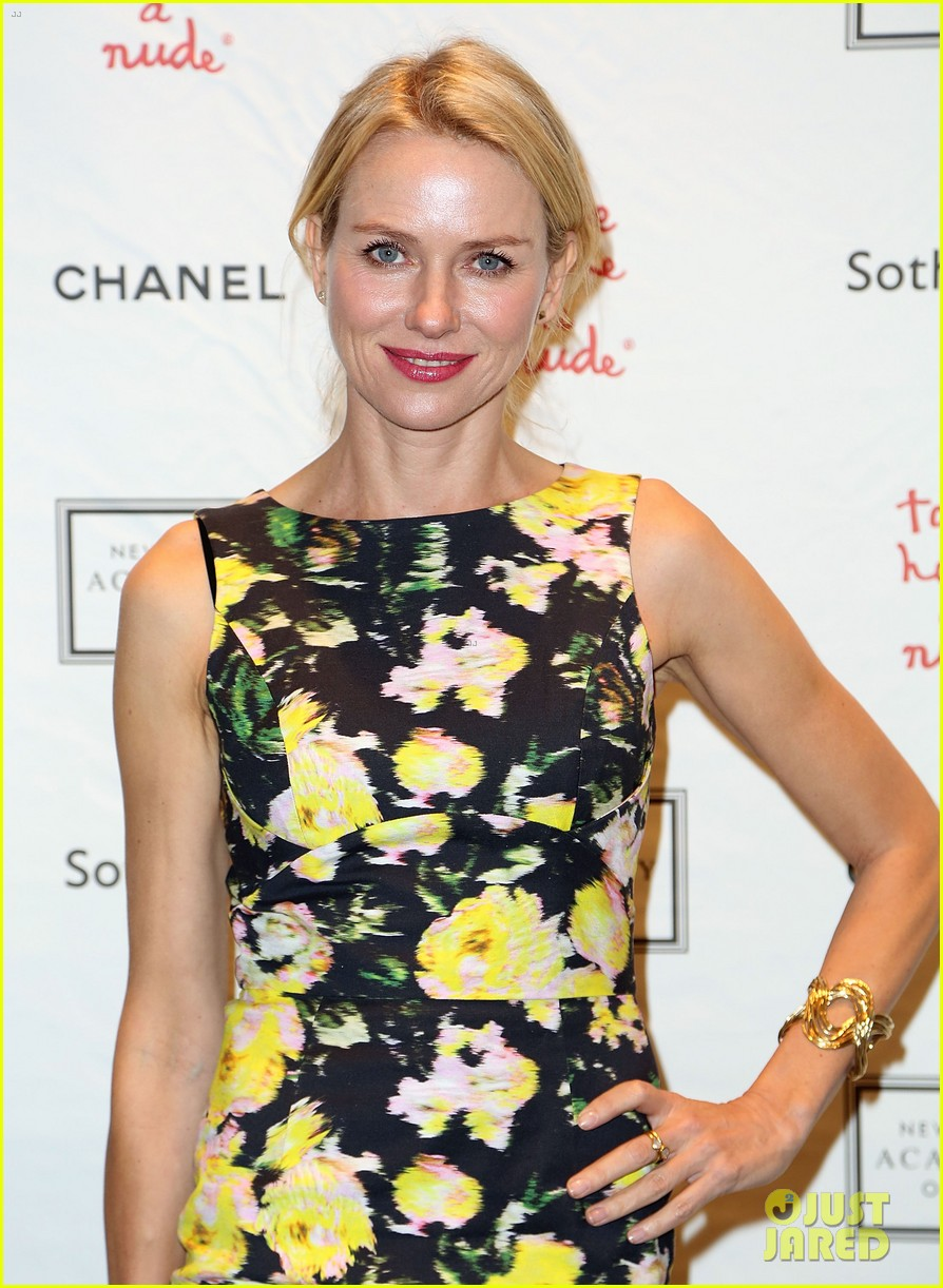 naomi watts take home a nude benefit art auction 022968908