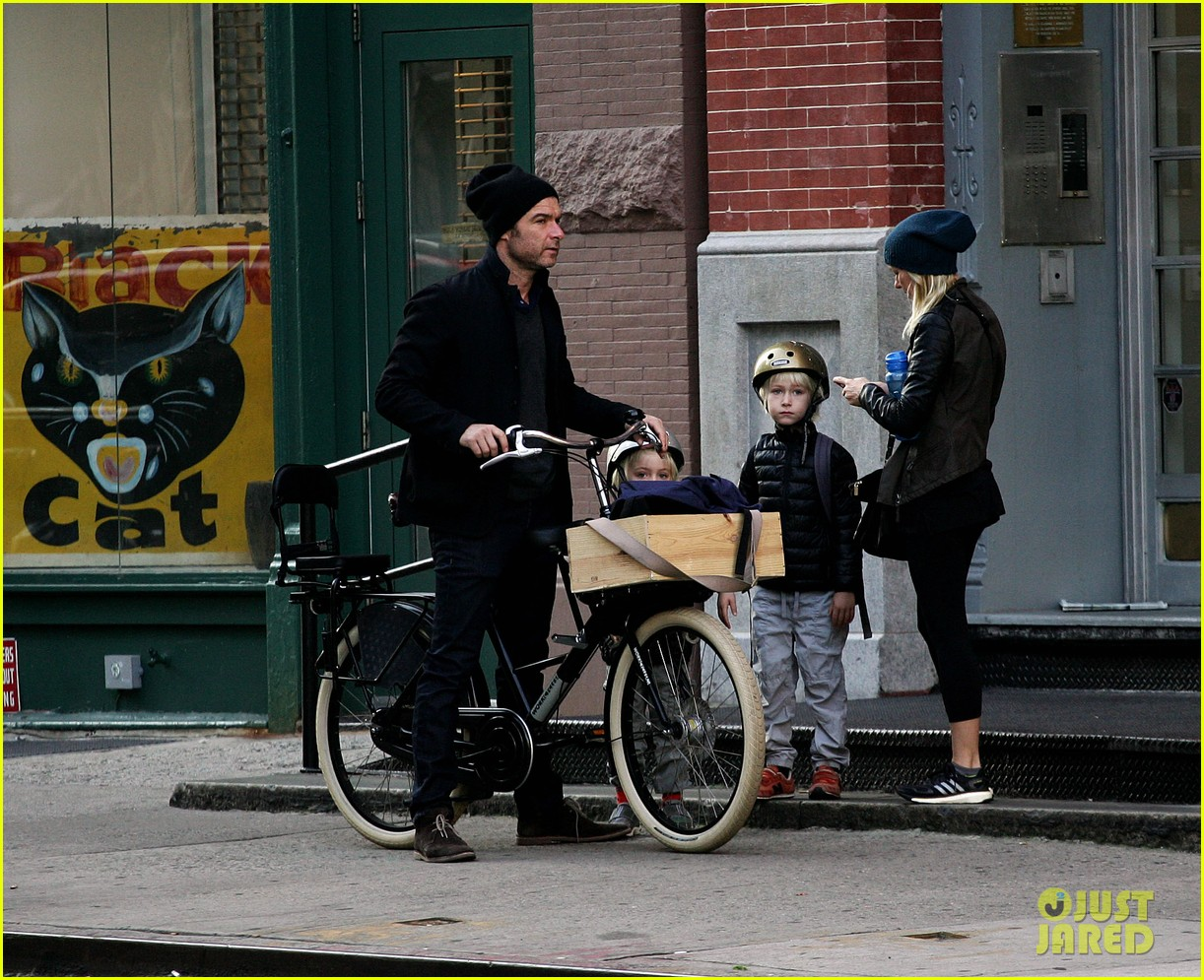 naomi watts liev screiber boys all ride on same bike 10