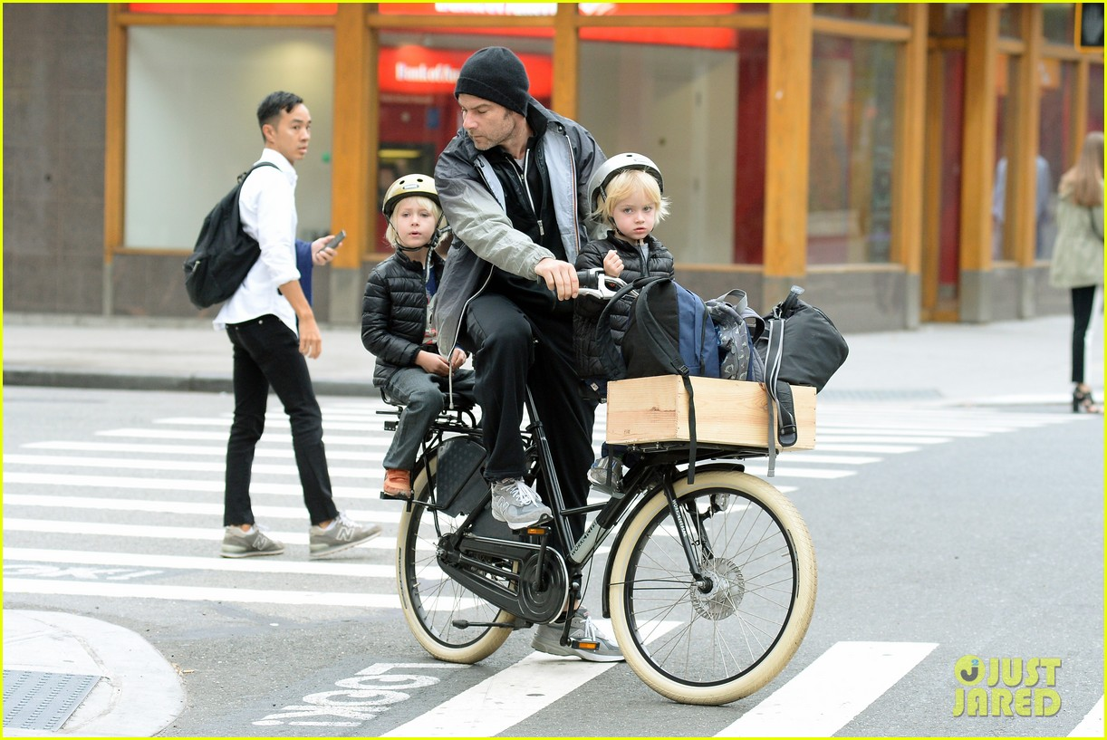 naomi watts liev screiber boys all ride on same bike 162973022