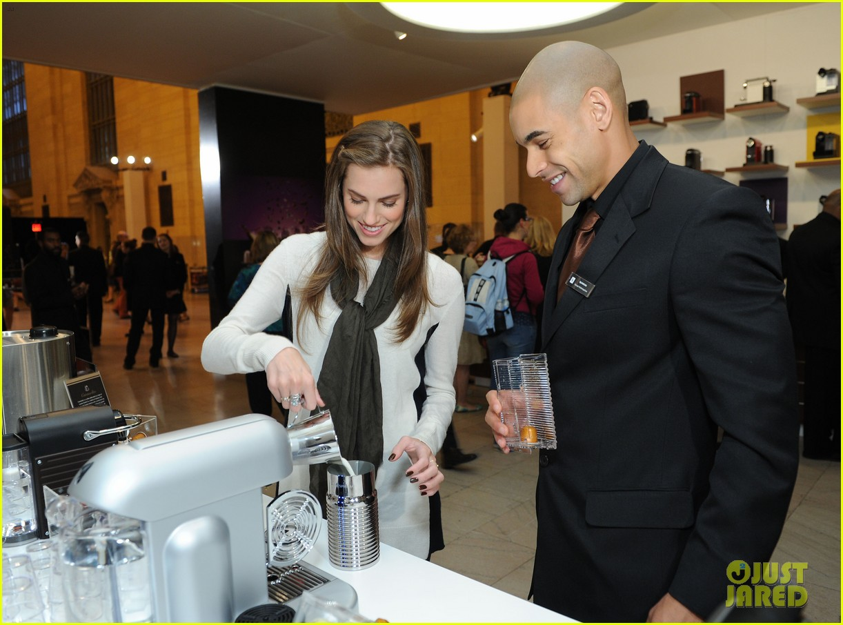 allison williams tries out nespresso in grand central terminal 042965741