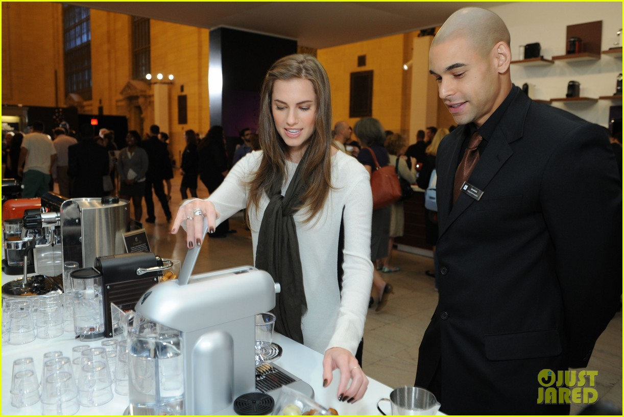 allison williams tries out nespresso in grand central terminal 052965742