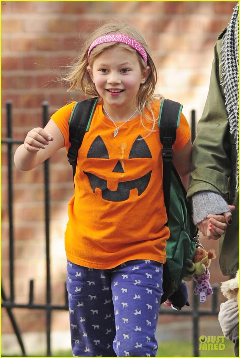 michelle williams matilda channels a cute pumpkin 022979373