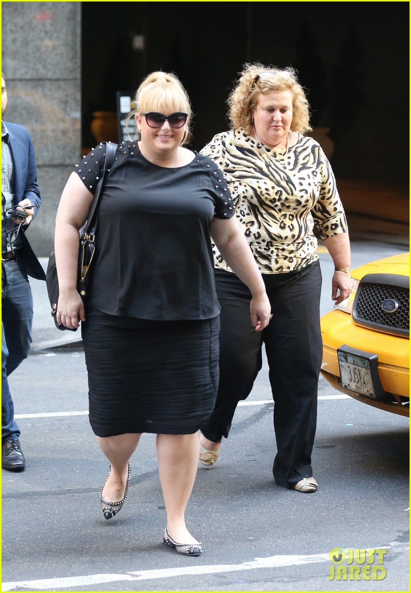 rebel wilson catches big fish other broadway shows 052964945