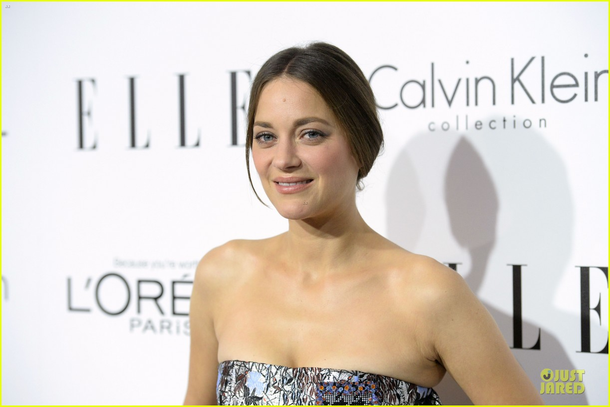 reese witherspoon marion cotillard elle women in hollywood celebration 18