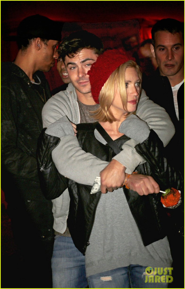 zac efron gives brittany snow hug cuddles at haunted hayride 012970161