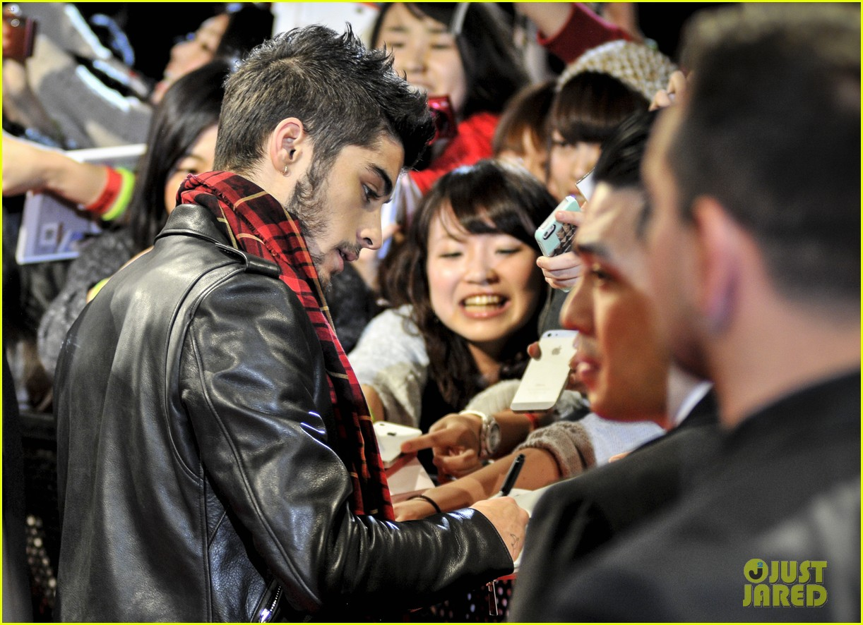one direction this is us promo japan 182985475