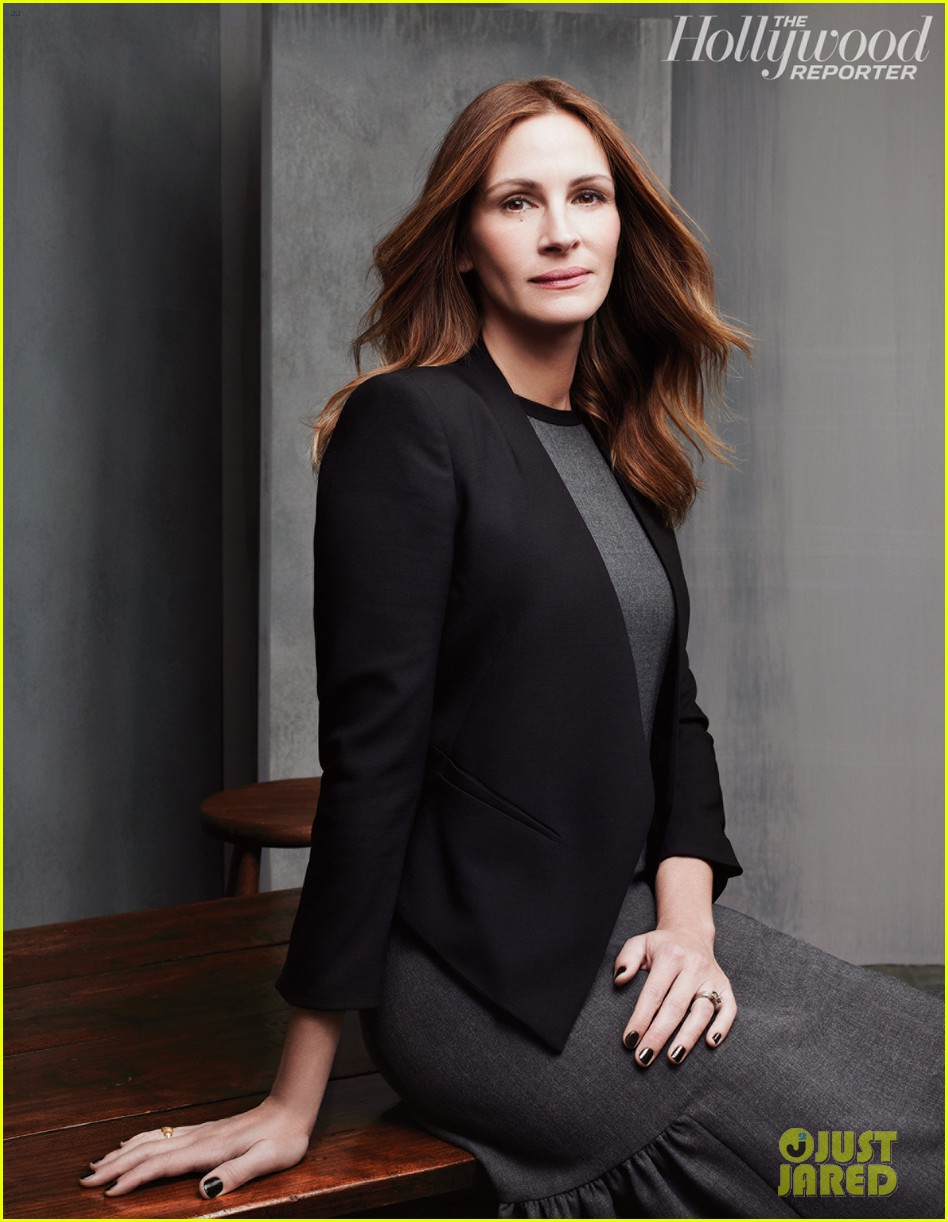 julia roberts amy adams more cover thr actress issue 02