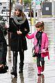 jessica alba cash warren wet family stroll after thanksgiving 06