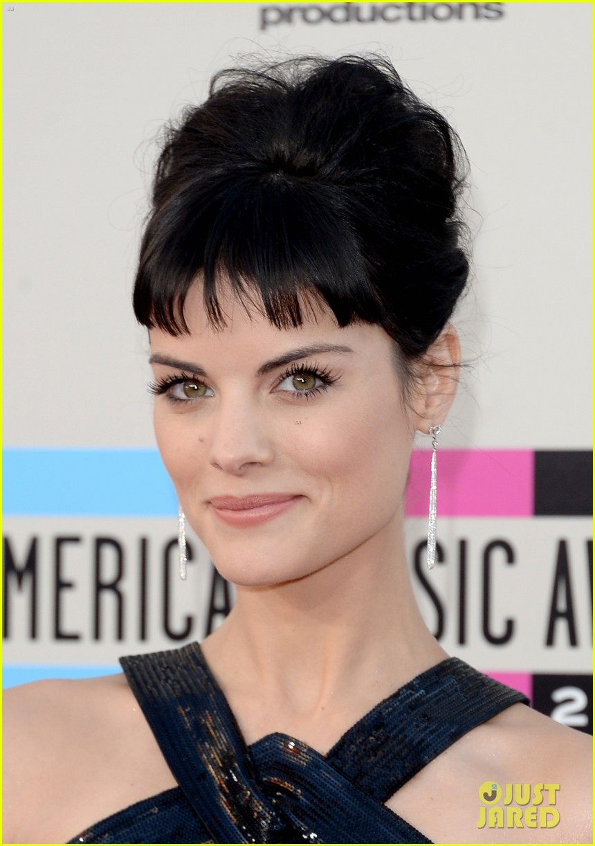 jaimie alexander amas 2013 red carpet 012999243