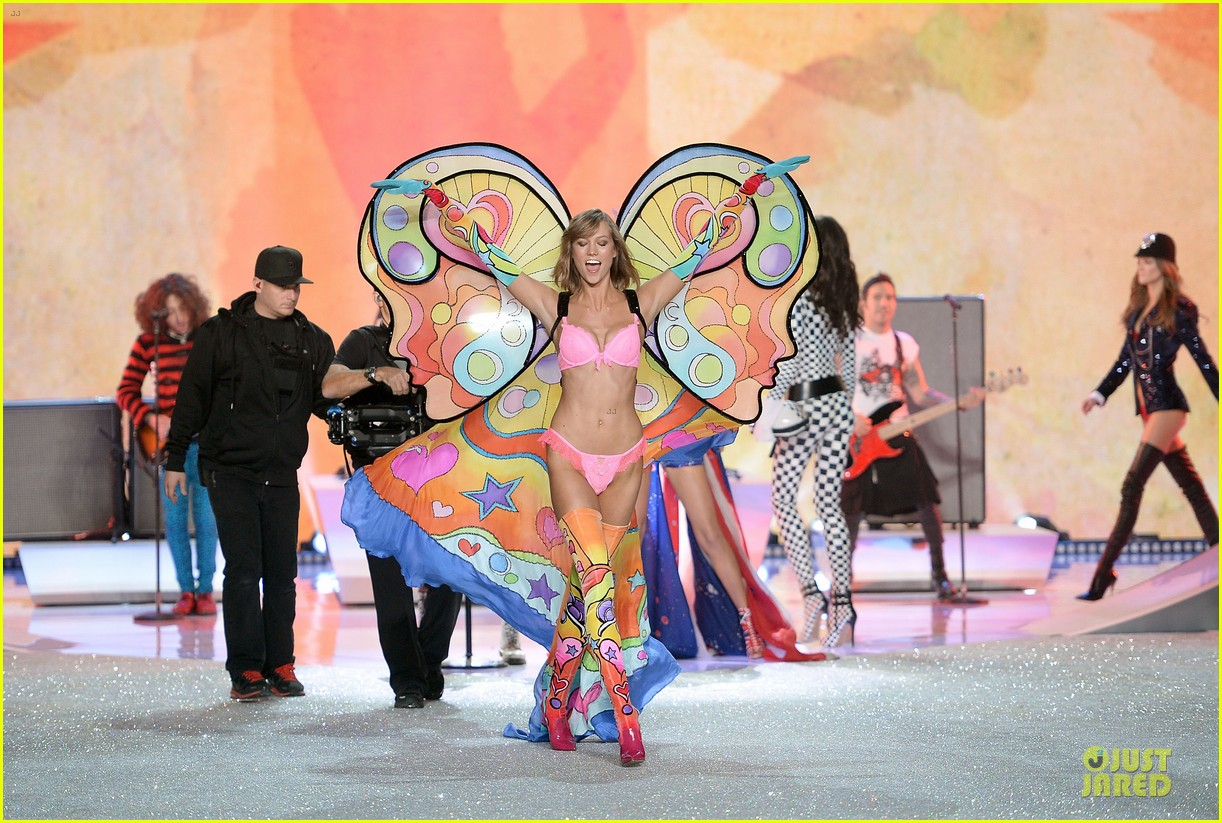 alessandra ambrosio karlie kloss victorias secret fashion show 2013 15