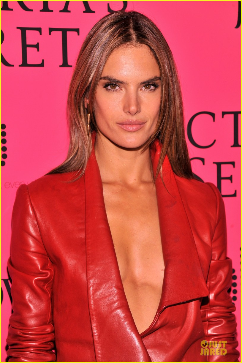 alessandra ambrosio candice swanepoel victorias secret fashion show after party 102992467
