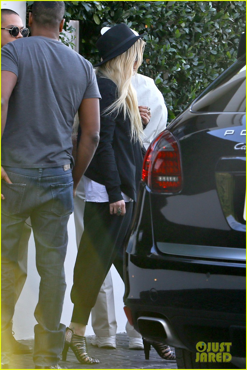 ashlee simpson evan ross hollywood date night 182987972