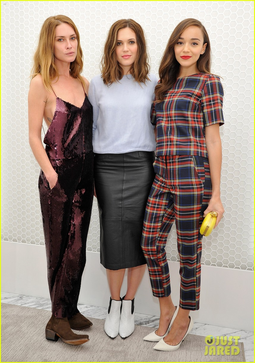 ashley madekwe mandy moore topshop holiday celebration 042985583