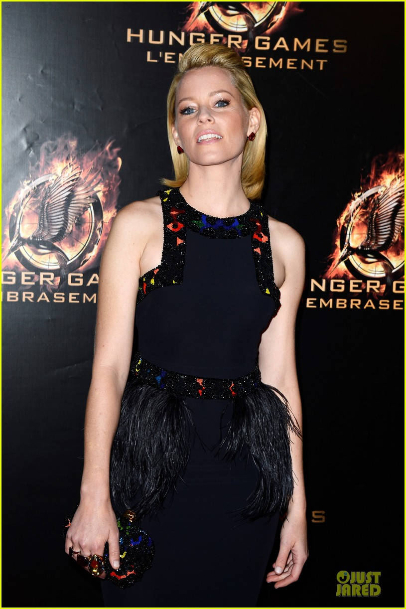 elizabeth banks really important catching fire questions exclusive 022993539