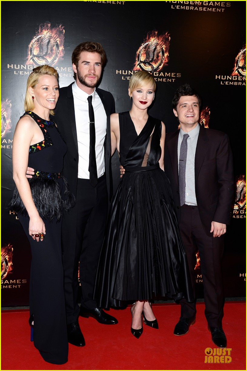 elizabeth banks really important catching fire questions exclusive 032993540