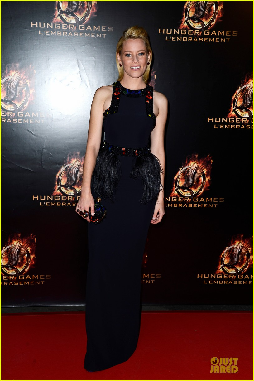 elizabeth banks really important catching fire questions exclusive 052993542