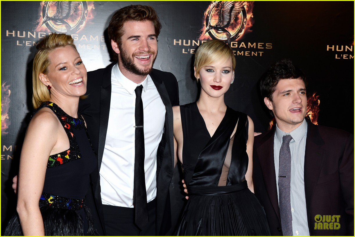 elizabeth banks really important catching fire questions exclusive 072993544