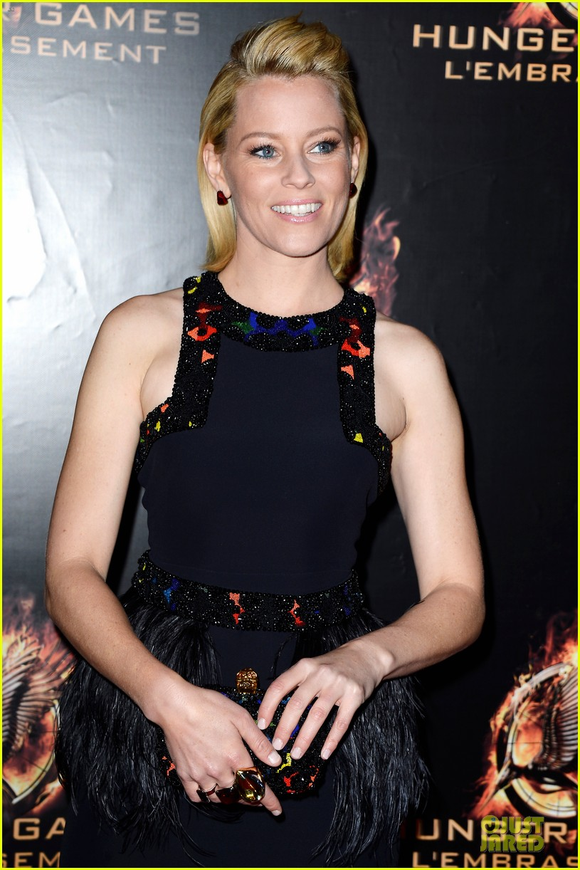 elizabeth banks really important catching fire questions exclusive 142993551