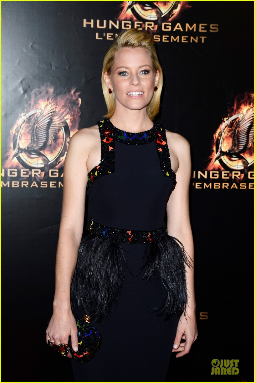 elizabeth banks really important catching fire questions exclusive 162993553