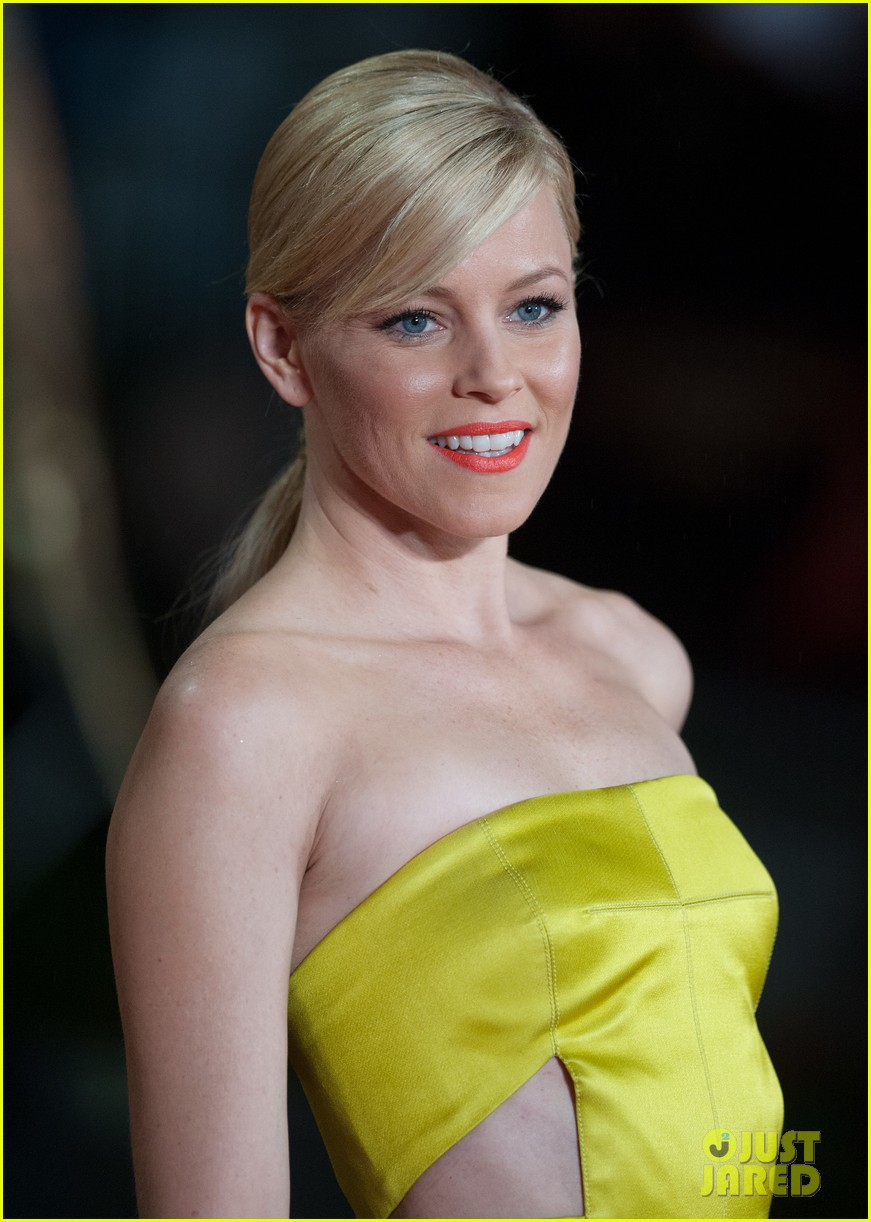 elizabeth banks jena malone catching fire world premiere 02
