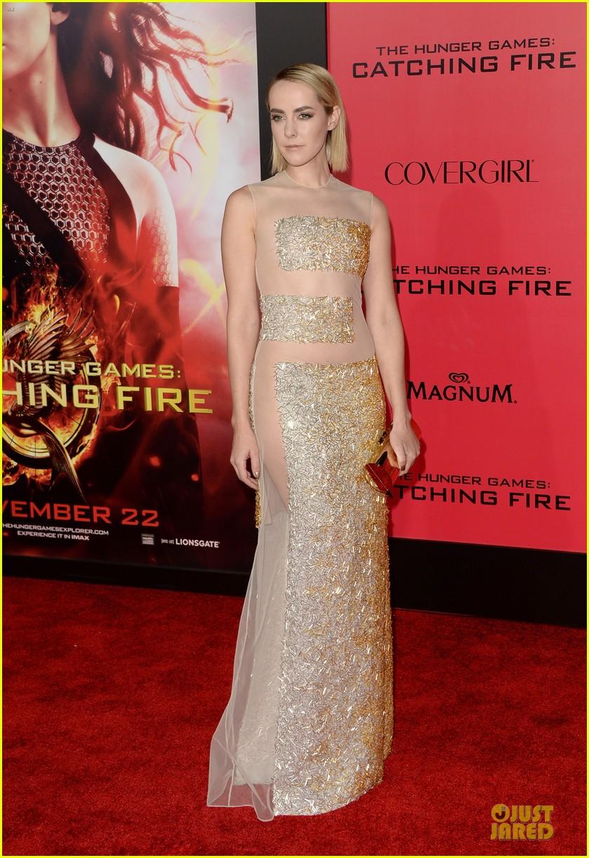 elizabeth banks jena malone catching fire la premiere 032995719