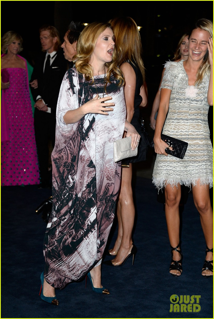 drew barrymore dakota johnson lacma art film gala 27
