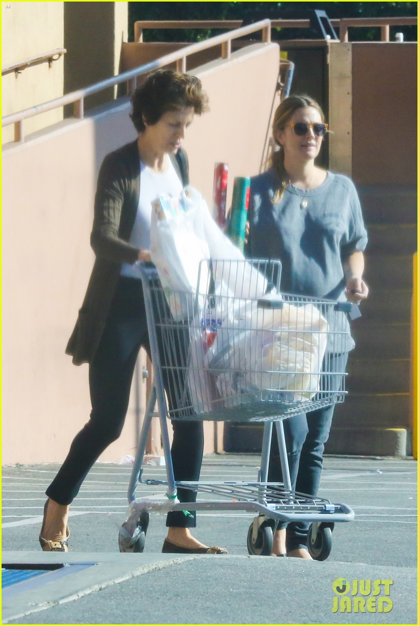 drew barrymore thanksgiving grocery shopping 053001980