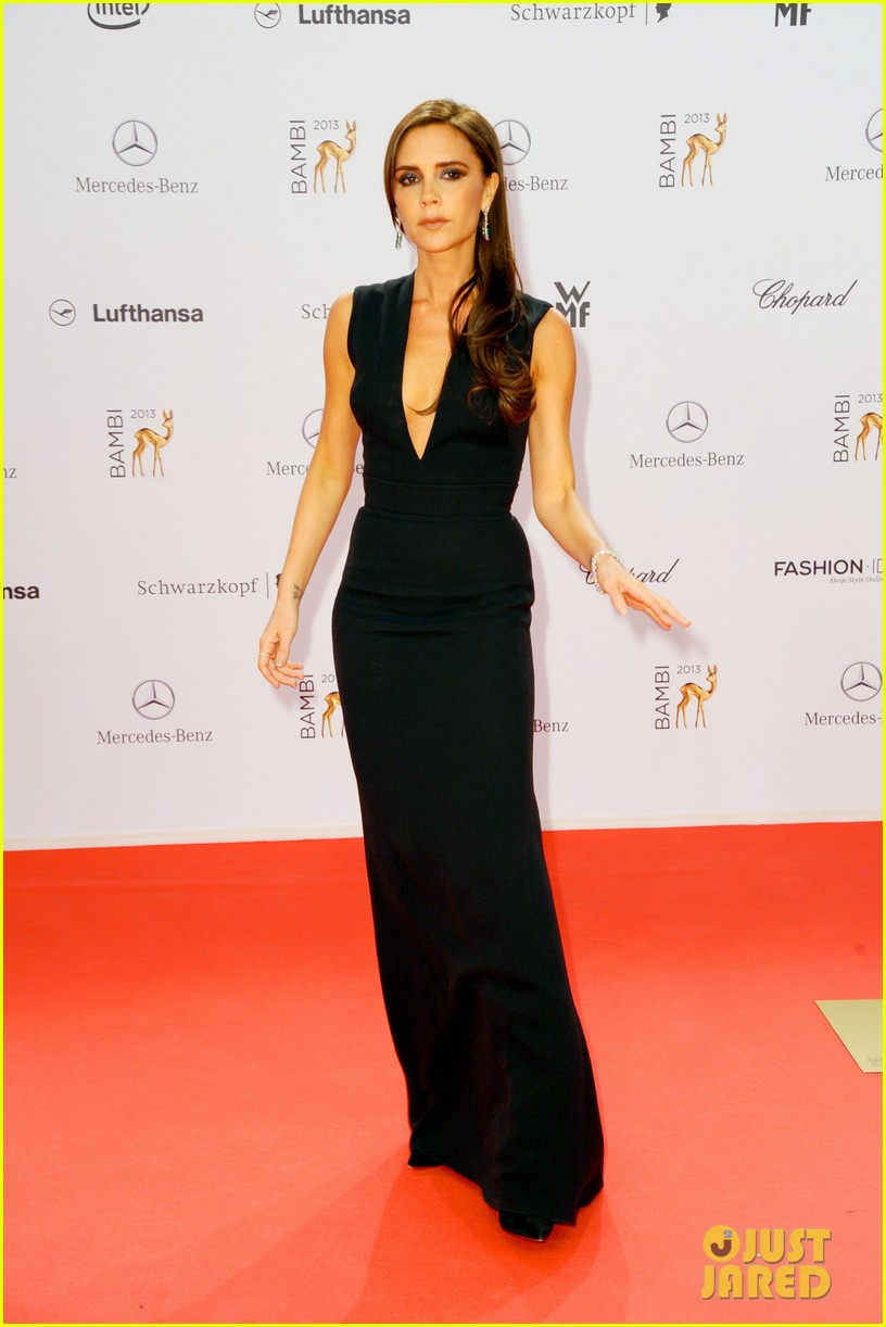 victoria beckham wins at bambi awards 2013 142992868