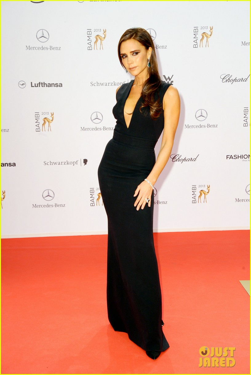 victoria beckham wins at bambi awards 2013 182992872