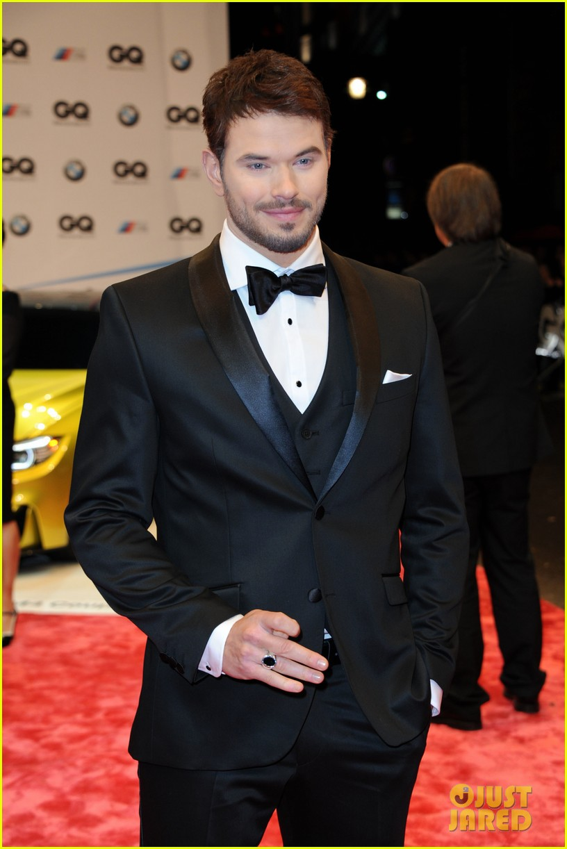 david beckham robin thicke gq men of the year awards 09