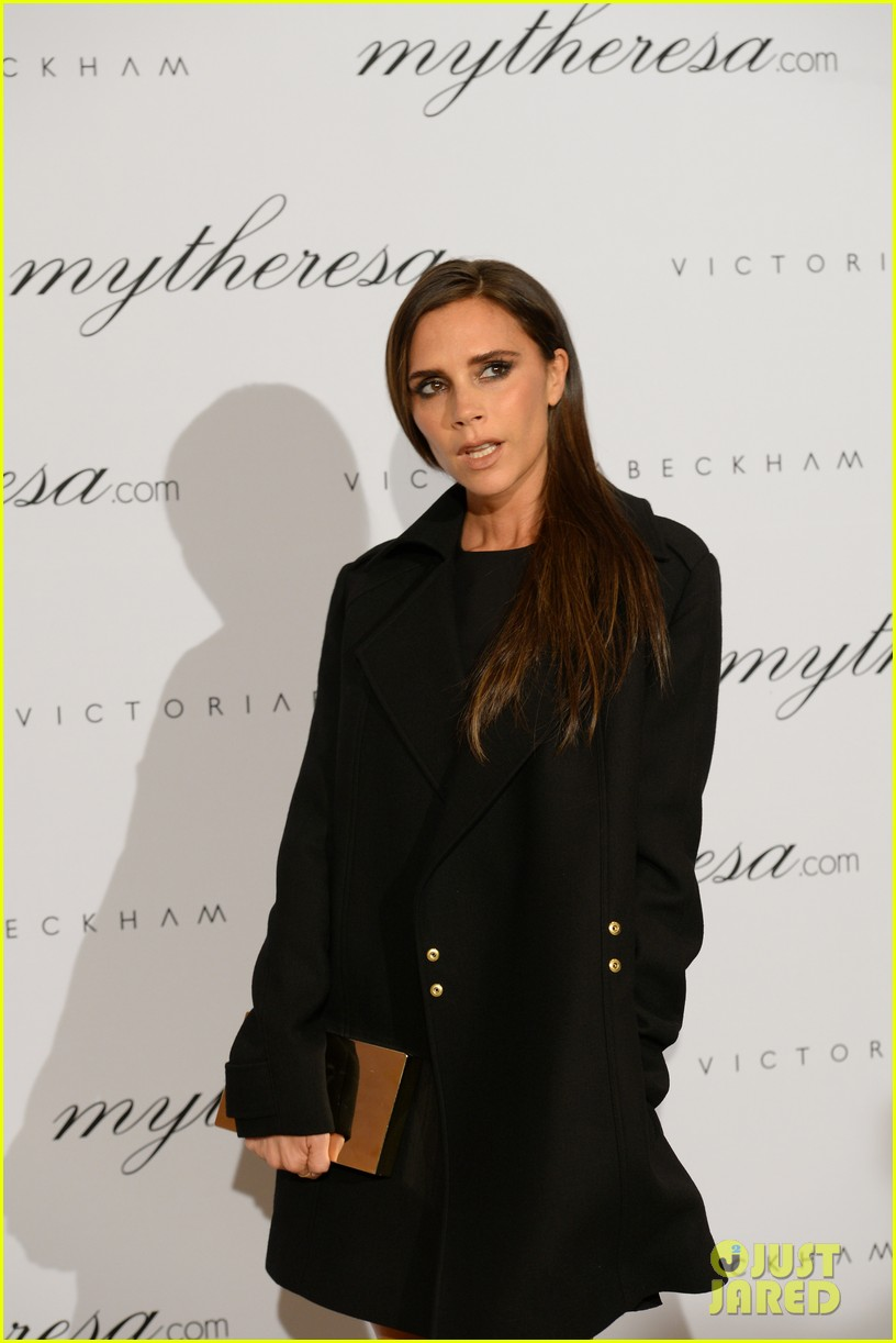 victoria beckham presents spring summer collection 072993334