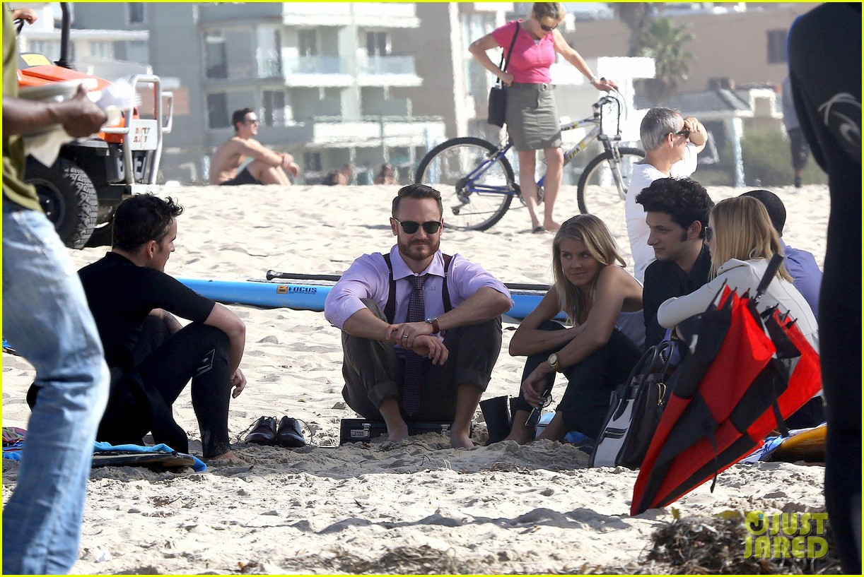 kristen bell house of cards beach filming 132987992