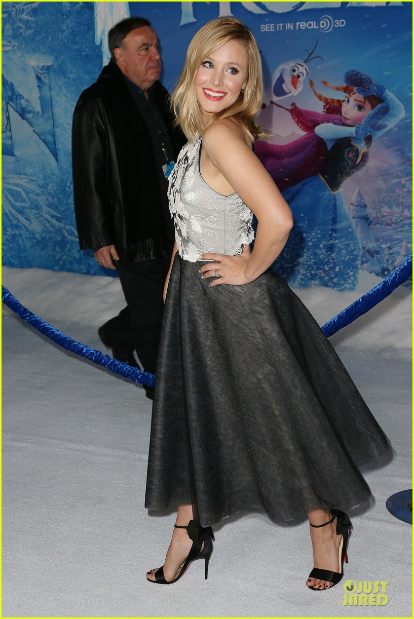 kristen bell demi lovato frozen hollywood premiere 202996301