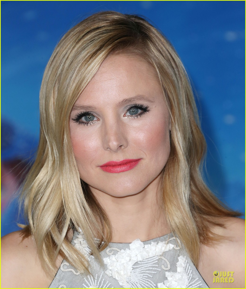 kristen bell demi lovato frozen hollywood premiere 212996302