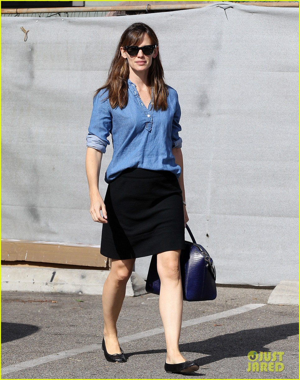 ben affleck jennifer garner busy sunday santa monica 09