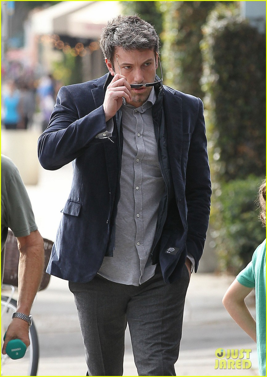 ben affleck jennifer garner busy sunday santa monica 122994949