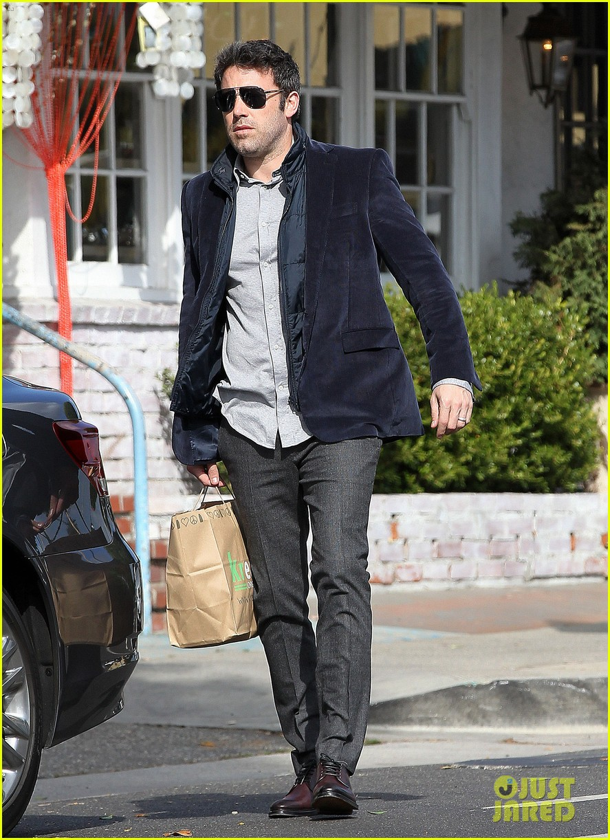 ben affleck jennifer garner busy sunday santa monica 182994955
